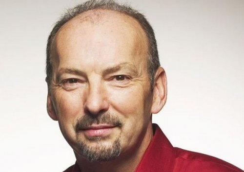 EA首席运营官Peter Moore