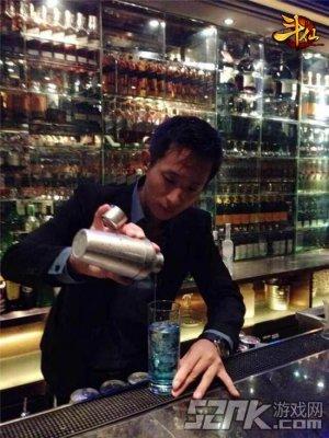 刘嘉玲酒吧首席调酒师SKY将亮相雷霆游戏ChinaJoy现场