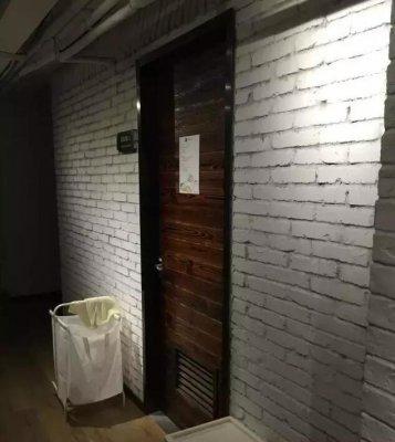 EDG队员卧室首次曝光 不要放过任何细节!