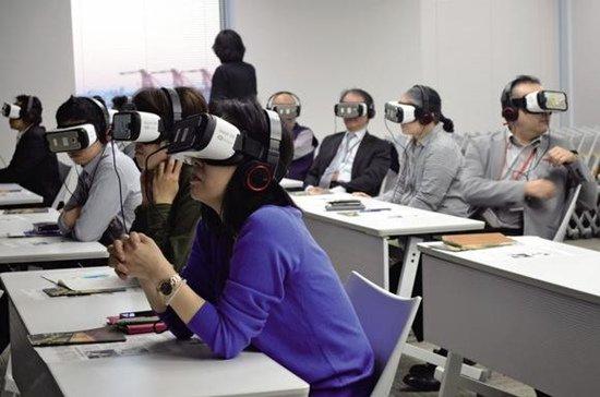 VR解决劳动力?日本养老院启用VR培训员工