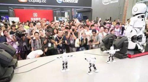 世界级的智能娱乐硬件百宝箱 今夏隆重开启!